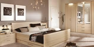 schlafzimmer tapeten die besten 25 tapeten schlafzimmer ideen auf