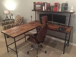 Wood Desk Chair by Best 25 Oak Desk Ideas On Pinterest Blue Study Desks Study