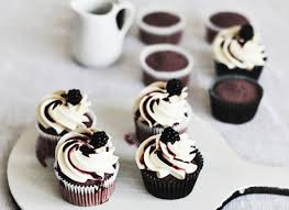 easy cupcake decorating ideas a baker u0027s hack huffpost