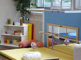 What Is A Montessori Bedroom Best 25 Montessori Room Ideas On Pinterest Toddler And Baby