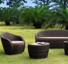 canapé de jardin en résine tressée salon résine tressée mobilier canape deco