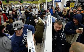 uk black friday video asda black friday madness as frantic shoppers fight over