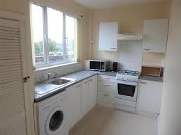 2 Bedroom Flats To Rent In Twickenham Dss Whitton Properties To Rent Mitula Property