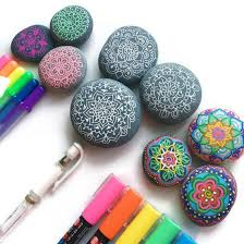 learn what the best pens are for drawing on rocks and how to