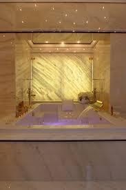 spots im badezimmer baden unter sternenhimmel einfach romantisch das badezimmer mit