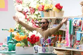 Lil Jon And Busy Philipps Craft Off