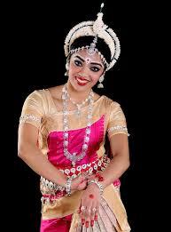 odissi costume makeup igurukul odissi gayatri odissi