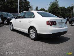 jetta volkswagen 2010 2010 volkswagen jetta s sedan in candy white photo 2 028557