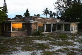 Midcentury Modern House - stunning photos of abandoned mid century modern homes u2013 page 3