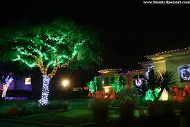 how to decorate your yard for christmas on a budget