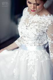 wedding dress etsy 800 lace wedding dress from etsy by carousel fashion