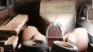 Vintage Cars Found In Barn In Portugal Old Rusty Cars Expected To Sell For 20 Million Cnn Style