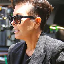 how to get a kris jenner haircut hair today gone tomorrow kris jenner reveals bald spot top