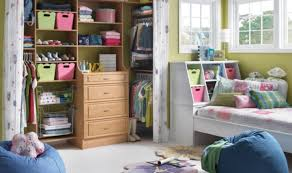tips for organizing your bedroom 20 quick tips for organizing your bedroom home and gardens