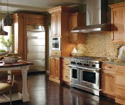what color kitchen cabinets go with cherry wood floors casual cherry kitchen cabinets in finish