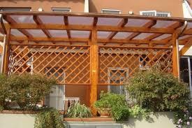 tettoie in legno e vetro coperture terrazzi in legno pergole e tettoie da giardino come