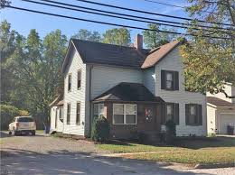 House With Inlaw Suite For Sale In Law Suite Medina Real Estate Medina Oh Homes For Sale Zillow