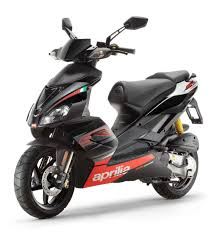 aprilia scarabeo has always been a special scooter revamped model