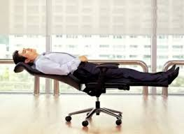 fauteuil de bureau grand confort le fauteuil de bureau ergonomique pour votre confort archzine fr
