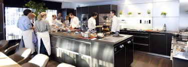 ecole cuisine to your taste cooking schools in