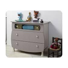 chambre bébé lit plexiglas chambre bébé éa avec lit plexi et plan à langer