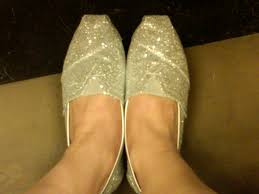 petal grosgrain toms the beauty of 12 days of christmas giveaway toms classics