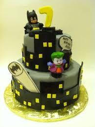 batman cupcakes batman and cupcake on pinterest