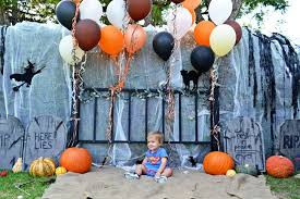 Homemade Photo Booth Capture Memories With A Kid U0027s Spooky Booth