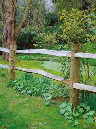 Types Of Fencing For Gardens - best 25 rustic fence ideas on pinterest flower garden borders