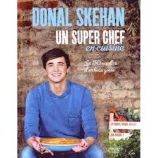 livre de cuisine gordon ramsay un chef en cuisine les 150 recettes d un beau gosse relié