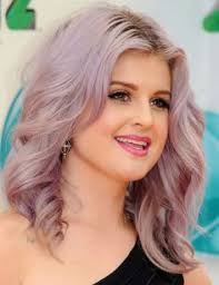 kelly osbourne hair color formula kelly osbourne with cool lilac and silver toned hair at the 54th