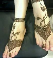 try 15 beautiful leg mehandi or henna designs by seeing design