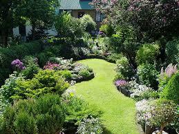 outdoor decorating small zen garden with nice pathway decorating