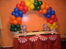 circus balloon theme balloon table arch