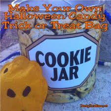 make your own halloween candy trick or treat bag and free