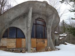 wisconsin house wisconsin mushroom house sale crazy dma homes 40277