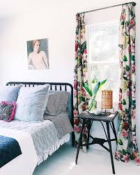 vintage bedroom curtains 10 ideas for decorating the bedroom with vintage upcyclist