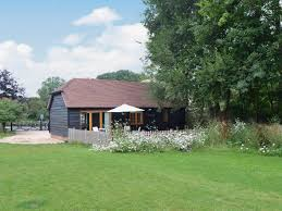 holiday cottages to rent in fareham cottages com