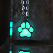 glow in the necklaces glow in the paw print necklace fanduco