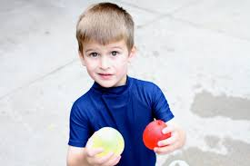 mixing colors with water balloons i can teach my child