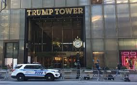 trump tower gold trump cafe is making breakfast sort of adequate still extra crispy