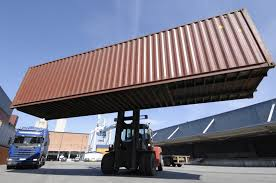 what is a freight forwarder nvocc