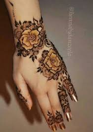 the 25 best rose henna ideas on pinterest henna tattoo wrist