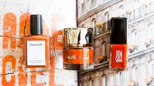 burnt orange is the official nail color of fall 2017 coveteur