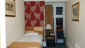 1 Bedroom Flat In Gravesend 2 Bedroom Flat In Darnley Road Gravesend Da11 In Gravesend