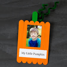 easy paper strip pumpkin craft for kids