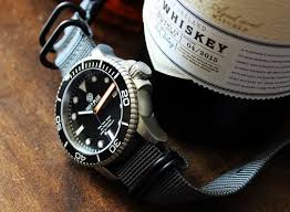 amazon black friday specials on seiko mens watches the best looking men u0027s watches under 200