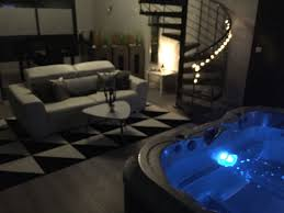hotel spa dans la chambre hotel privatif languedoc roussillon stunning ua with