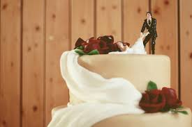 wedding cake disasters these wedding cake disasters are