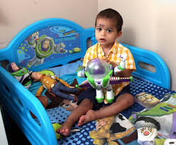 buzz lightyear bedroom toddler falls trying to fly like buzz lightyear ny daily news